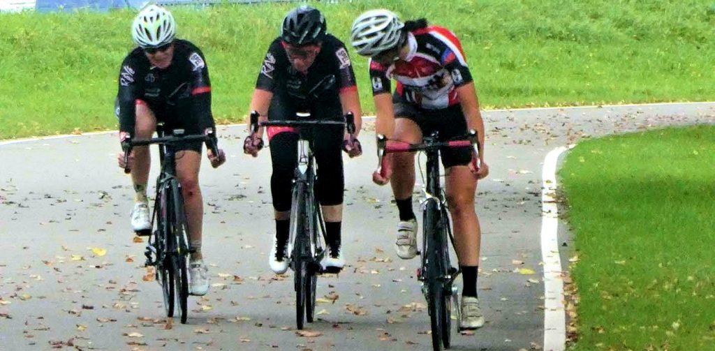 ASC Olympia - Women Racing: Fietsbelles Nóg Faster - Vrouwenwielrennen in Amsterdam