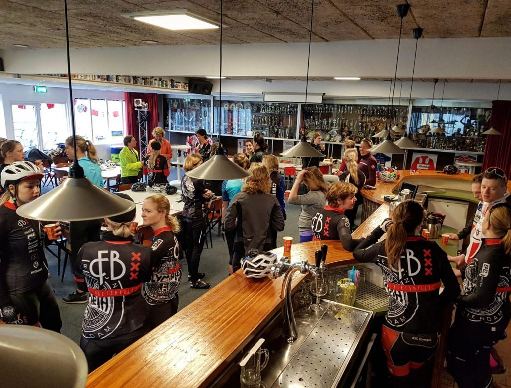 ASC Olympia Faciliteiten: Clubhuis op Sportpark Sloten
